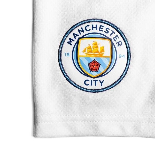 Домашняя форма Манчестер Сити 2020-2021